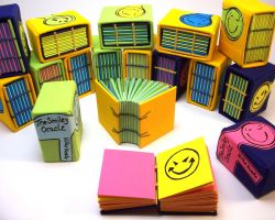"editoin of colour miniature books ""the smiley oracle"""